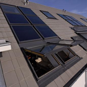 VELUX Dachflächenfenster und Solarelemente