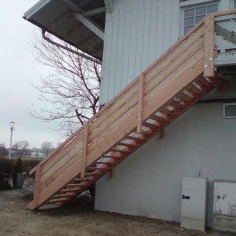 Erneuerung Treppe am Nordmarksportplatz