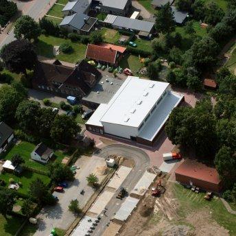 Padenstedt Luftbild Gemeindezentrum 2013 (copyright by Peter Vogel)