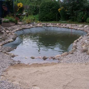 Teich ohne Bepflanzung