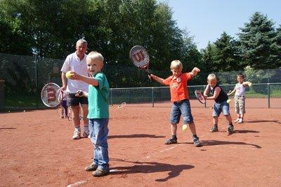 Kita Wasbek - Tennis für Kinder